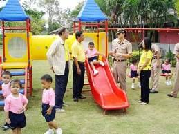 k2-Child-playground